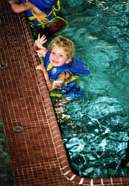 little_lindow_swimming